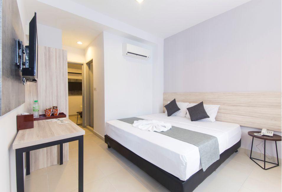 kingbed-room1