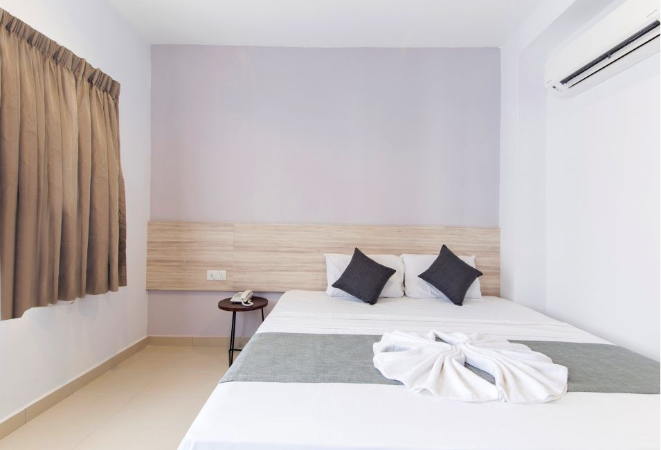 kingbed-room2